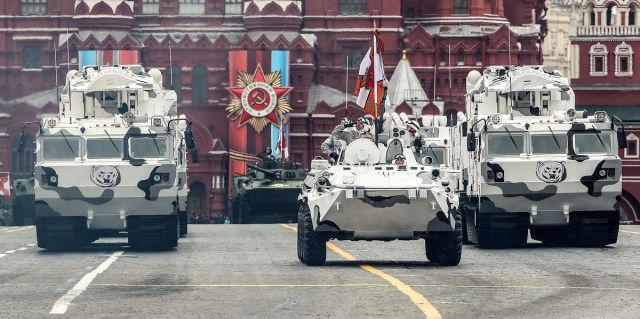 """Зенитные ракетные комплексы малой дальности """"Тор-М2ДТ"""""""