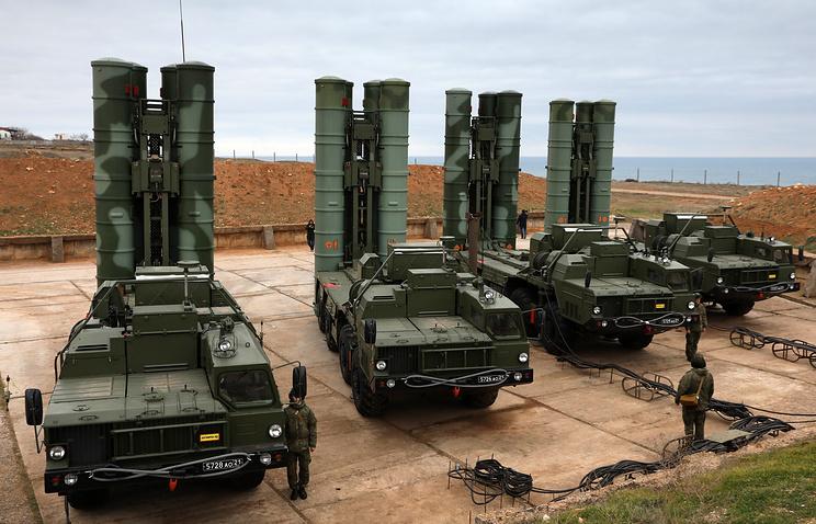 Зенитные ракетные комплексы С-400.