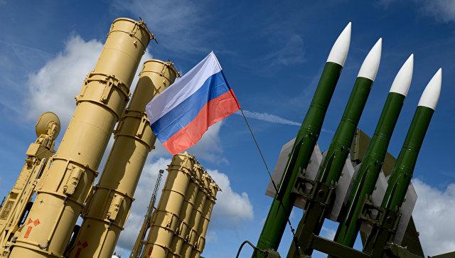 Зенитные ракетные системы концерна Алмаз-Антей и ЗРК Бук-М2Э. Архивное фото.