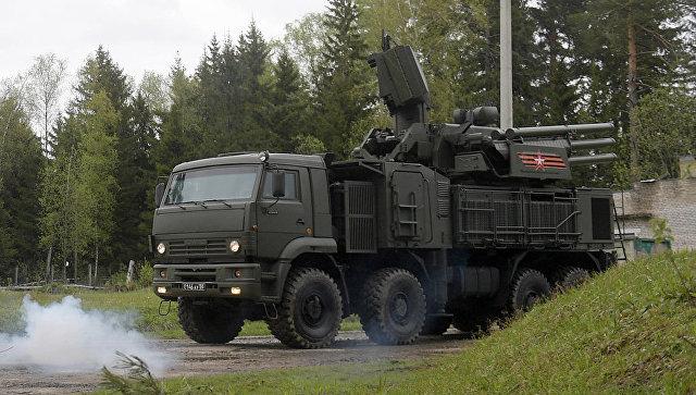 Зенитный ракетно-пушечный комплекс Панцирь-С во время учений в Московской области. Архивное фото.
