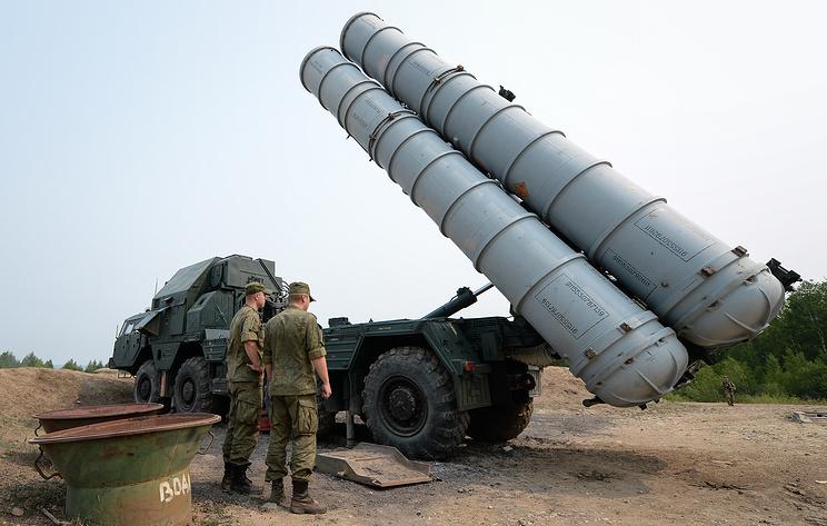 Зенитный ракетный комплекс С-300.
