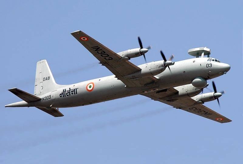Самолет Ил-38 ВВС Индии.