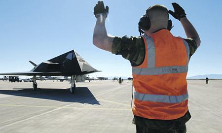 Знаменитый F-117 оказался не столь уж невидимым. Фото с сайта www.af.mil