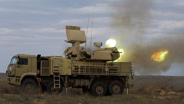 Работа пушечного модуля зенитно-ракетного комплекса Панцирь-С.