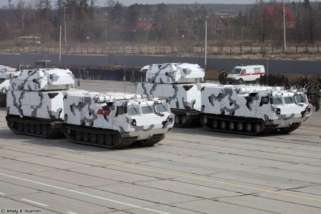 """Зенитный ракетный комплекс """"Тор-М2"""" в арктическом исполнении."""