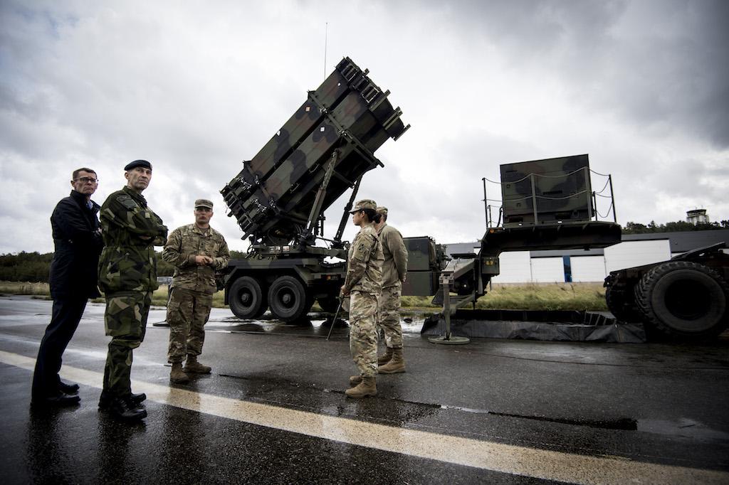 """Пусковая установка М903 с ракетами РАС-3 MSE из состава батареи ЗРС Patriot армии США, развернутой на шведском острове Готланд в ходе многонациональных учений """"Aurora 2017"""", сентябрь 2017 года."""